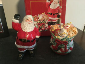 Santa salt and pepper by Fitz and Floyd