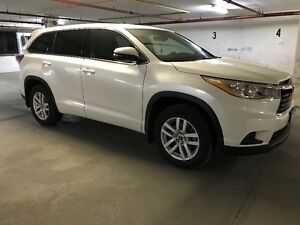 LEASE TAKEOVER - 2016 Toyota Highlander ($499/monthly)