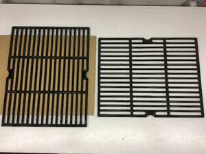 NEW/NEUF : Grille pour BBQ Grills : Cast Iron Cooking Grid