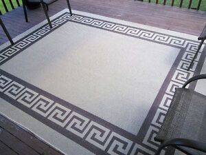 OUTDOOR DECK OR PATIO RUG