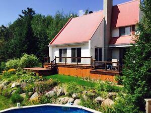 Maison avec grand terrain St-Apollinaire - Domaine de la chute