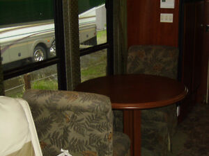 JUST REDUCED - 2002 FLEETWOOD RV EXCURSION DIESEL PUSHER - 39 FT St. John's Newfoundland image 6