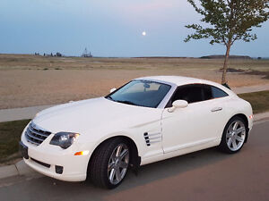 CROSSFIRE LOW LOW KMS . Fun, sporty and  stylish road car