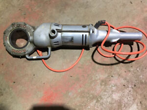 Ridgid 700 & 200 Power Pipe Threaders & Pipe Vices