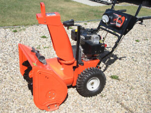 """ARIENS SNOW BLOWER 927LE - 2-STAGE 27"""" 9-HP"""