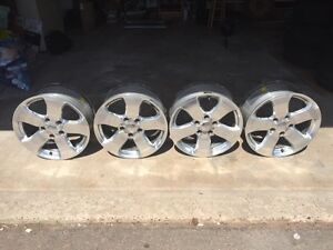 Set of 4 Chrome Alloy Wheels off Jeep Grand Cherokee