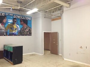 Retail/Office/Warehouse/Storage space available immediately