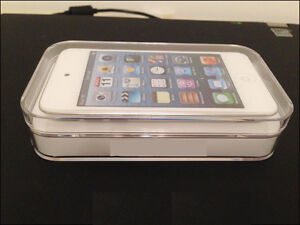 ipod touch 4th white good for parts obo