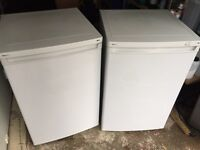 Proline under counter fridge and freezer, great condition, can deliver.