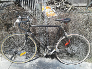 Pacer Road Bike + New U-lock for extra $20