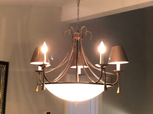 Chandelier with 5 lampshades