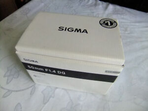 NIKON / Sigma ART 50mm 1.4 NEW in the BOX