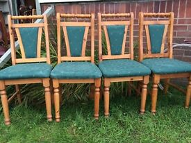Set of 4 lovely pine farmhouse chairs