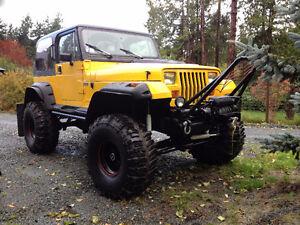 lifted 1990 Jeep 4x4 v-8 auto