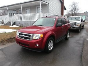 2012 Ford Escape XLT SUV, Crossover PRICE DROP !!!