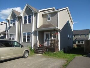 Beautiful 3 Bedroom  semi Detached in Dieppe !
