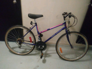 "FREE SPIRIT 12 SPEED BIKE 26""  TIRES"