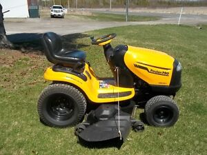 POULAN PRO  26 HP 54 inch cut Hydrostatic Tractor