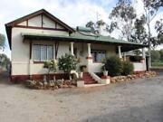 3 BED House in 5 acres in Town! CHEAP !! Northam Northam Area Preview