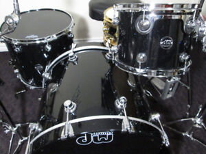 DW Performance Series, 3pc. Maple drum kit. Made in USA.