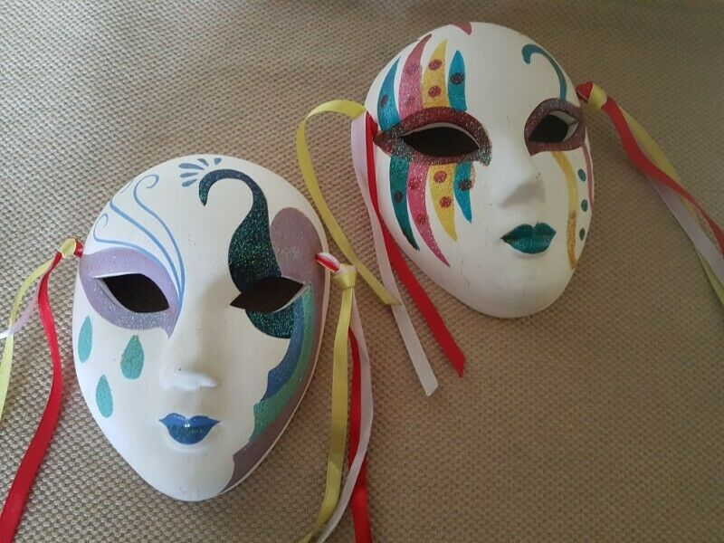 BN*** 2 pieces Painted Decorative Clay Face Mask