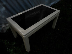 2 solid tinted glass  Coffee Tables Peterborough Peterborough Area image 2