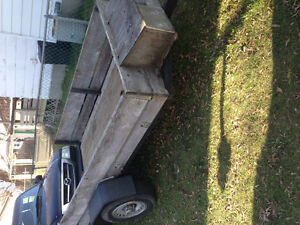 Looking to sell utility trailer Cornwall Ontario image 2