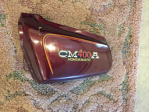 VINTAGE HONDAMATIC CM400A SIDE COVER Sarnia Sarnia Area image 1