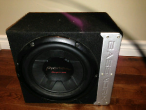 "10"" pioneer champion subwoofer w/ box"