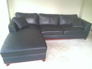Leather Sofa w Chaise - Black