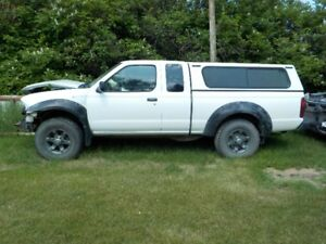 2001 FRONTIER XTENDED CAB 4X4, RUNS AND DRIVES