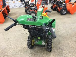 JOHN DEERE 1028E WALK BEHIND SNOW BLOWER... REDUCED!! Strathcona County Edmonton Area image 5