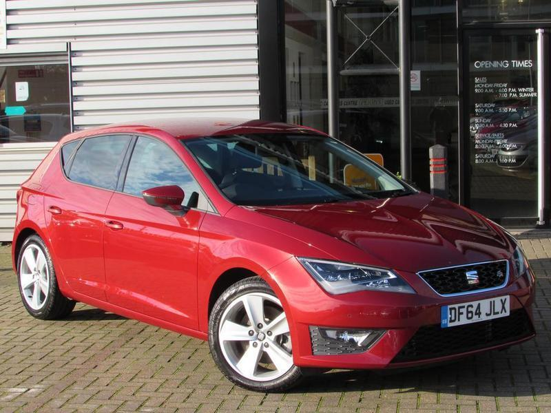 seat leon 2 0 tdi 184 fr 5 door technology pack 1 owner full history red 2015 in. Black Bedroom Furniture Sets. Home Design Ideas