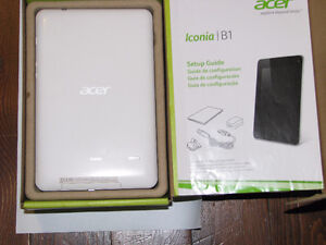 Acer NT.L1NAA.002 Iconia 7in LCD 8GB Android Tablet / great gift