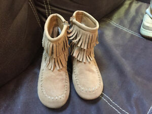 Toddler girls boots size 10