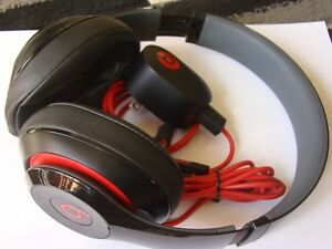 AUTHENTIC BEATS BY DRE AUDIO HEADPHONE WITH USB CHARGER Regina Regina Area image 8