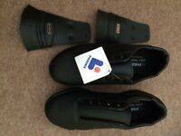Golf Shoes Size 4.5