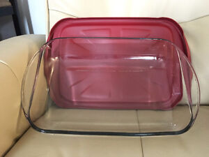 Baking Dishes with Lids
