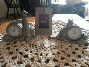 Seagull Pewter Clocks & Frame Cats Peggy's Cove Nova Scotia
