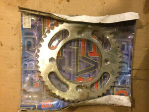 Honda CRF150 CR85 CR80 rear sprocket final sprocket NEW 49T
