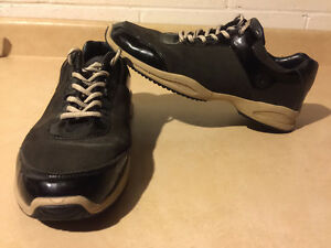 Women's Sport-I-Que Donald J Pliner Shoes Size 10 London Ontario image 1