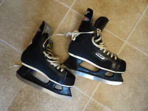 Childs Hockey Equipment FOR SALE