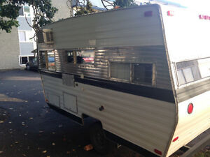 Great travelaire restored vintage camp trailer.