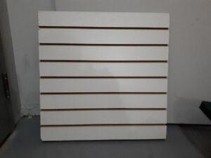 2 planches  de slatwall -présentoir ou rangement