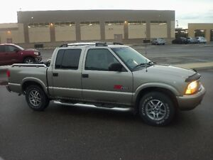 2003 GMC Sonoma crew leather 4.3 L Vortec SR5
