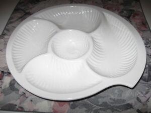 ....Beautiful Large Sectional VEGGIE DIP Serving Platter...