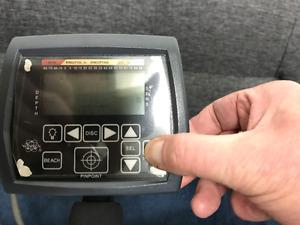 Whites MX5 metal detector/Transferable Warranty
