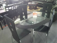 BRAND NEW 5 PIECE GLASS TOP DINETTE SET!