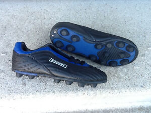 Spalding Soccer Cleats/Shoes – New - Youth Size 2 Kitchener / Waterloo Kitchener Area image 2