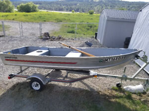 12 foot aluminum boat and trailer